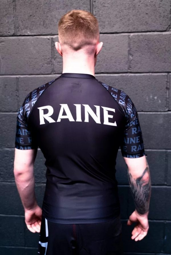 Mens-original-recycled-rashguard-black-rear